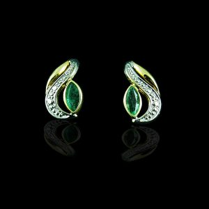Dainty Green Earrings