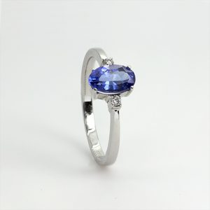 The Oval Tanzanite