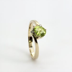 The Sparkling Olivia Ring