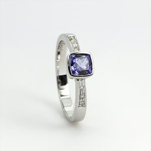 Stunning Cushion Cut Tanzanite Ring
