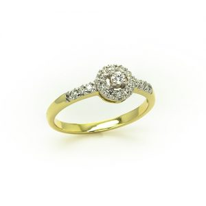 A Spectacular Diamond Engagement Ring
