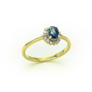 A Round Cut Sapphire Diamond Halo Ring in 9ct Gold