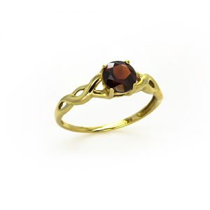 A Splendid Red Garnet Ring