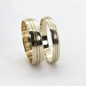 The Mara Gold Wedding Bands