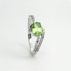 The Sparkling Tsavorite Ring