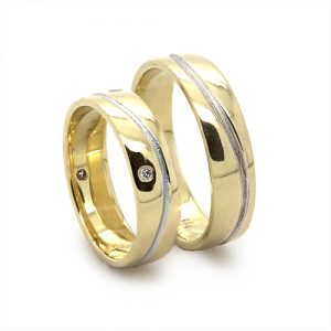 The Wave Gold Wedding Bands