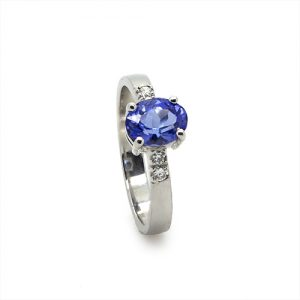 A Beautiful Tanzanite Diamond Ring