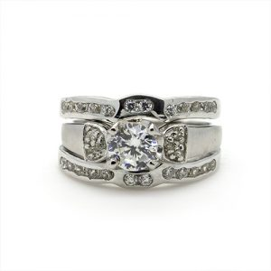 The Stunning Triple Bridal Ring Set