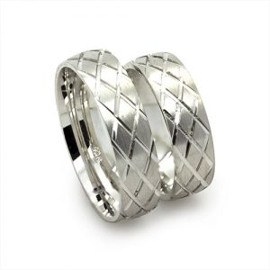 The Chequred Silver Wedding bands