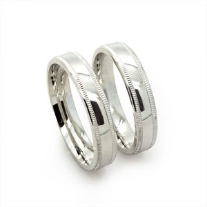 The Miligran Silver Wedding Band