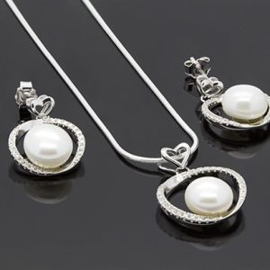 Pearl Pendant and Earrings Necklace Set