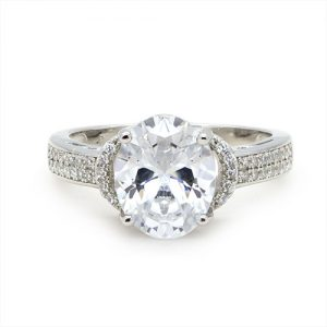 An Oval Magnificent Sterling Silver Zircon Engagement Ring