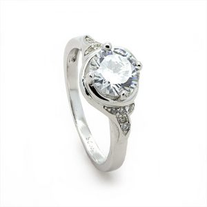 A Sparkling Round Zircon Sterling Silver Engagement Ring
