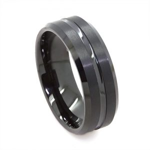 Brushed Black Center Facet Wedding Ring in Tungsten Carbide (8 millimeters)